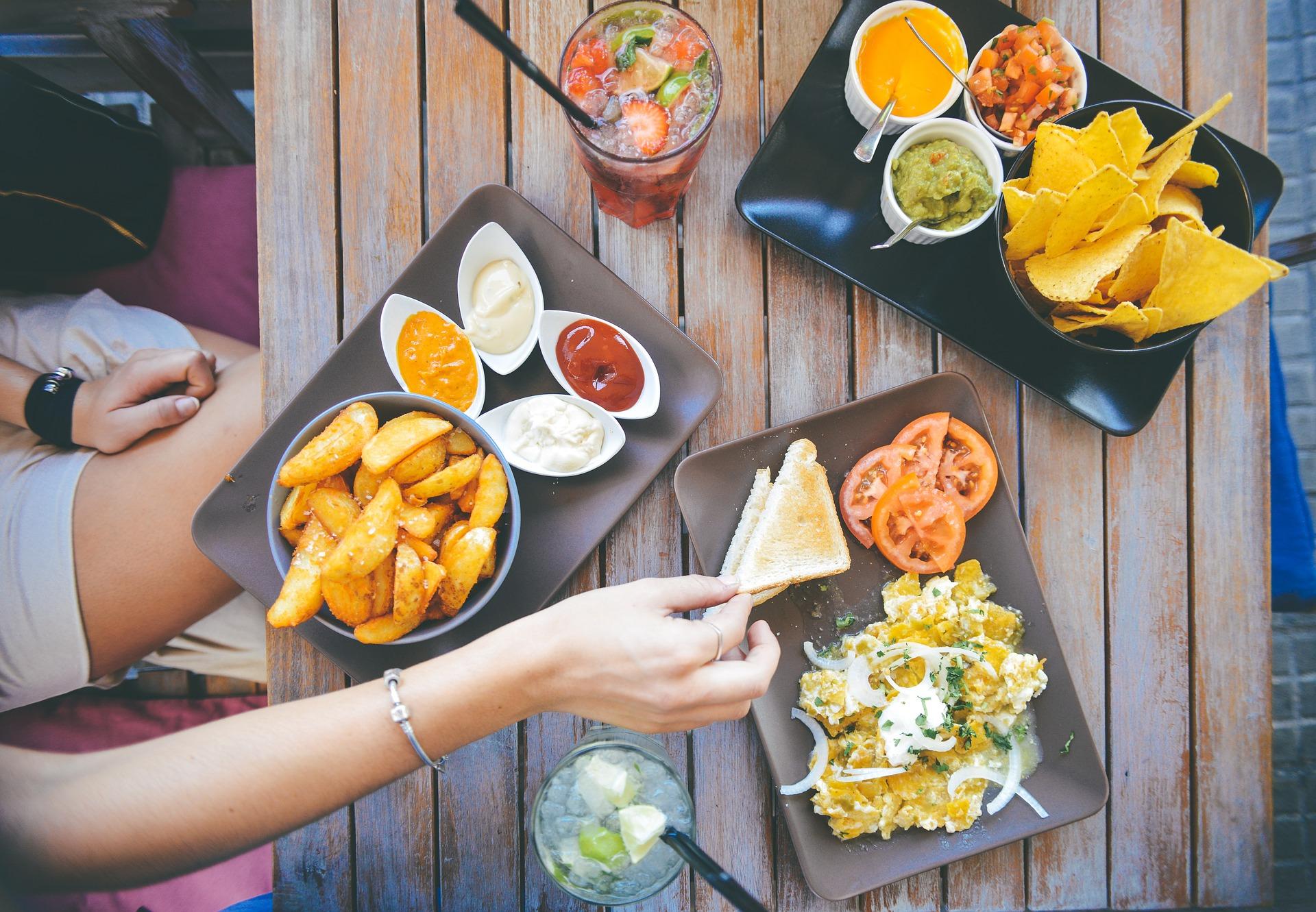 comida, mesa, restaurante, patatas, salsa, bebidas, sabroso, menú - Fondos de Pantalla HD - professor-falken.com