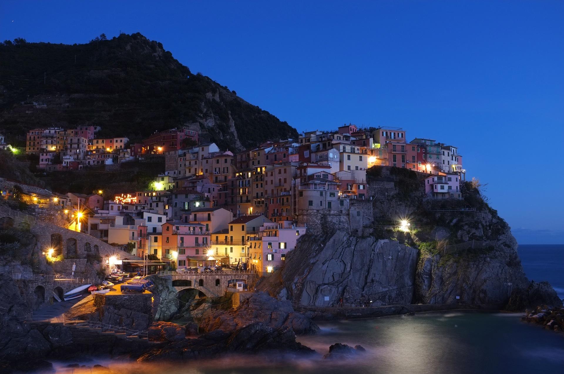 Manarola, Crepúsculo, Costa, Mar, casas, vila, beleza, Mediterrâneo - Papéis de parede HD - Professor-falken.com