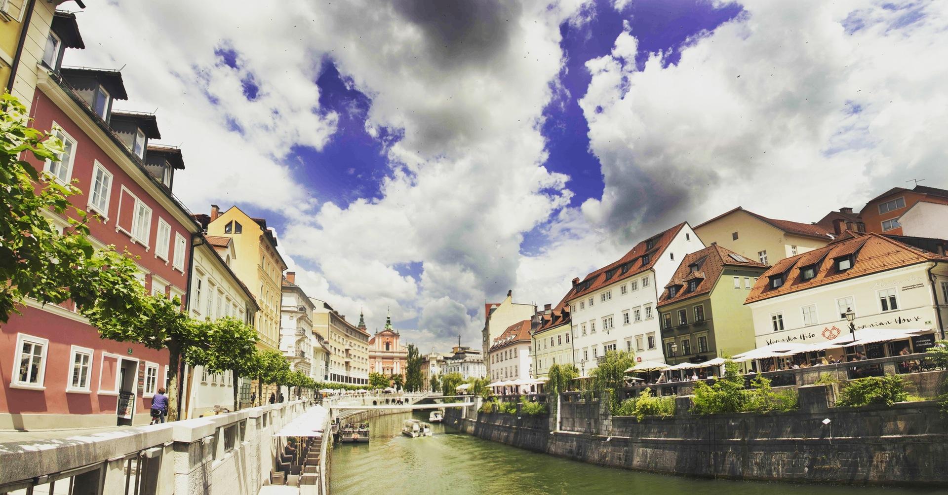 χωριό, Ποταμός, σπίτια, νερό, σύννεφα - Wallpapers HD - Professor-falken.com