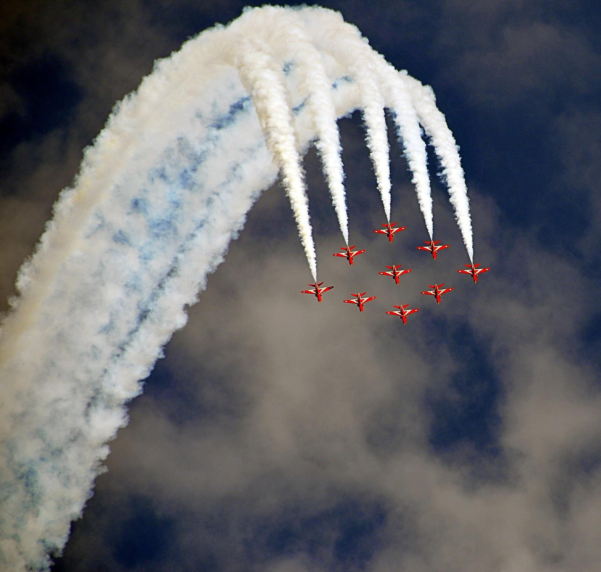 विमान, दिखाएँ, कलाबाजी, मक्खी, धुआँ - HD वॉलपेपर - प्रोफेसर-falken.com